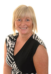 Dawn Whitby Rowlands and Hames Insurance Broker
